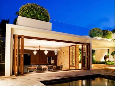 Contemporary Cabana and Pool Houston